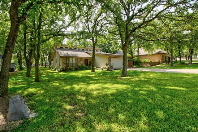 235 Cayuga Trail, Lake Kiowa, TX 76240 (MLS #14625062) :: Wood Real Estate Group