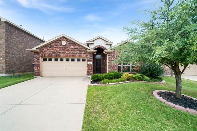 6810 Glen Eagle Drive, Arlington, TX 76001 (MLS #14625231) :: Real Estate By Design