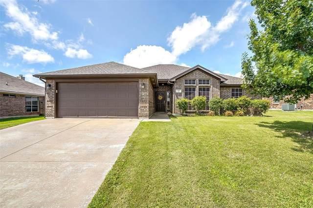 605 Reagan Lane, Burleson, TX 76028 (MLS #14625809) :: Rafter H Realty
