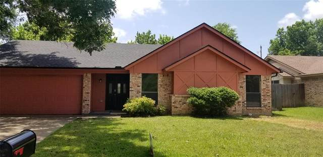 425 Berkshire Drive, Burleson, TX 76028 (MLS #14625831) :: The Mauelshagen Group