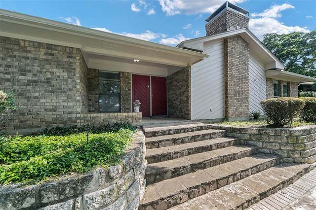 1009 Clear View Drive, Bedford, TX 76021 (MLS #14626006) :: Wood Real Estate Group