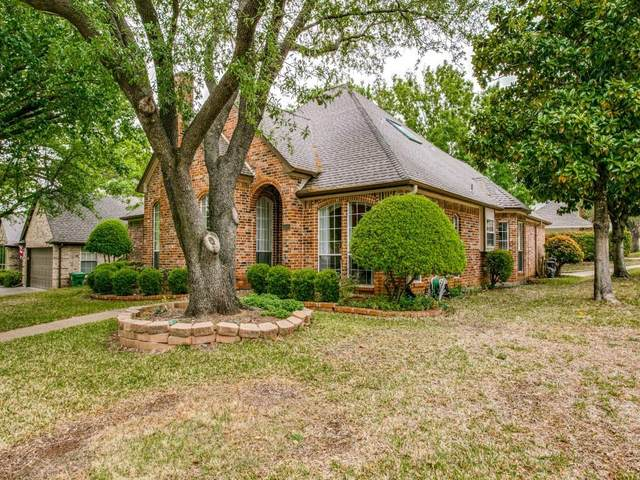 4341 Greenwood Lane, Grapevine, TX 76051 (MLS #14626124) :: EXIT Realty Elite