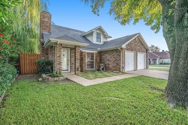 221 Mahogany Drive, Arlington, TX 76018 (MLS #14626315) :: Real Estate By Design