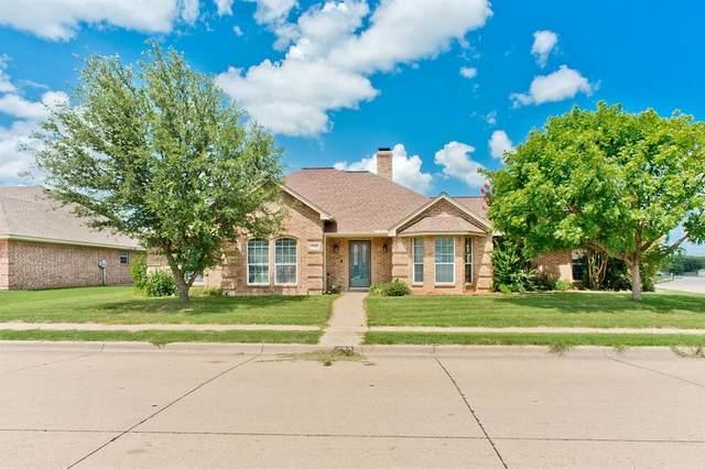400 Jeffdale Drive, Burleson, TX 76028 (MLS #14626693) :: Rafter H Realty