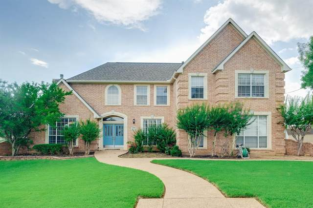 1200 Vera Lane, Kennedale, TX 76060 (MLS #14626749) :: The Mauelshagen Group