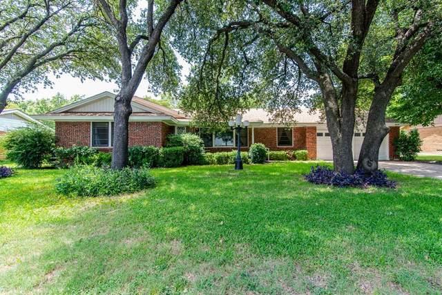 3521 Scranton Drive, Richland Hills, TX 76118 (MLS #14626768) :: The Hornburg Real Estate Group