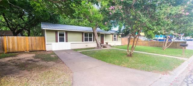 210 N Washington Street, Cleburne, TX 76031 (MLS #14626886) :: Jones-Papadopoulos & Co