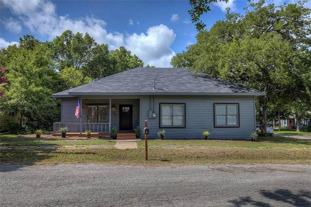 109 W Dallas Street, Wolfe City, TX 75496 (MLS #14626940) :: Real Estate By Design