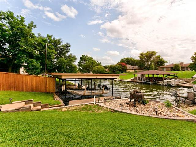 4200 Chaparral Court, Granbury, TX 76049 (#14626950) :: Homes By Lainie Real Estate Group
