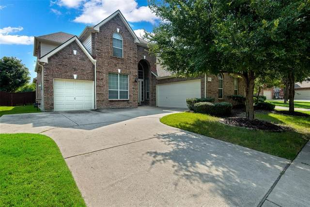 3399 Columbus Drive, Frisco, TX 75034 (MLS #14627056) :: Real Estate By Design