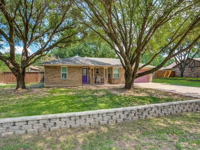 219 E Brian Street, Burleson, TX 76028 (MLS #14627188) :: Real Estate By Design
