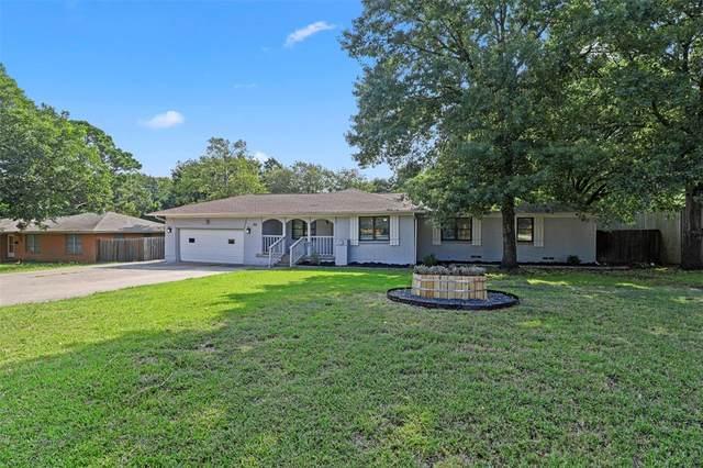 428 Harn Drive, Lewisville, TX 75057 (MLS #14627317) :: Team Tiller