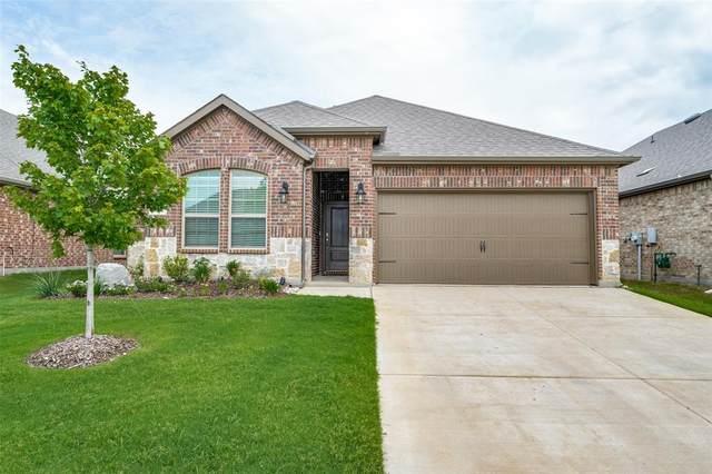 11137 S Glover Lane, Aubrey, TX 76227 (MLS #14627392) :: Real Estate By Design