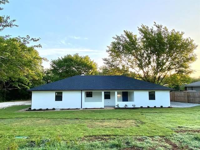 117 Colonial Parkway, Burleson, TX 76028 (MLS #14627451) :: Wood Real Estate Group