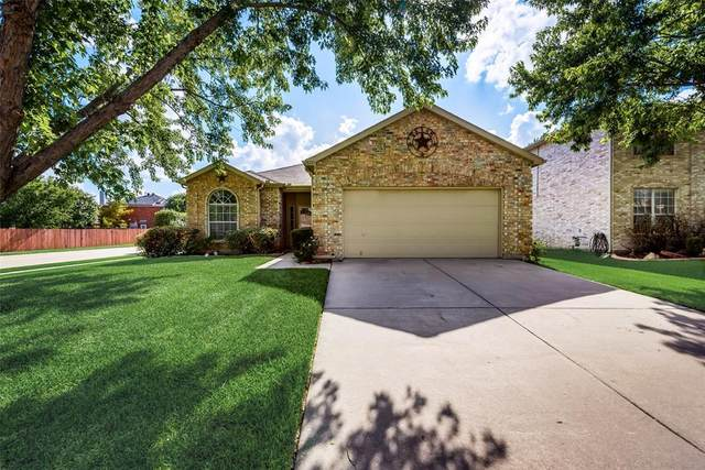 1201 Indian Trail Road, Roanoke, TX 76262 (MLS #14627458) :: Real Estate By Design