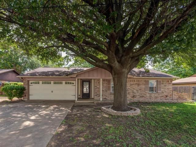 1133 Bryant Street, Benbrook, TX 76126 (MLS #14627617) :: The Mauelshagen Group