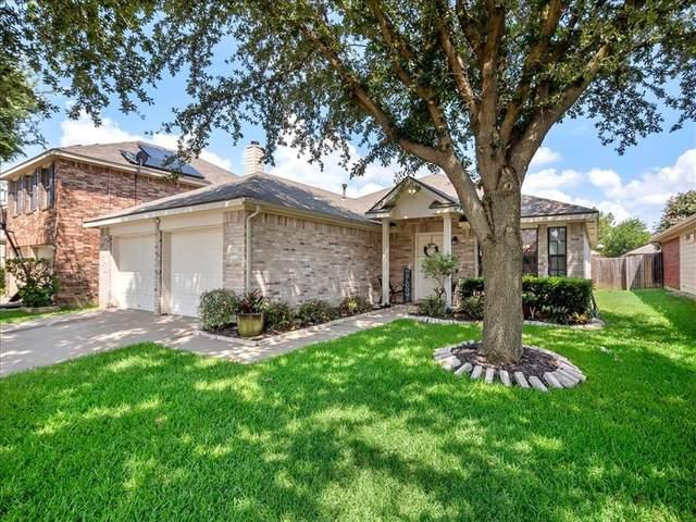 2844 Grandview Drive, Grand Prairie, TX 75052 (MLS #14627633) :: The Mitchell Group