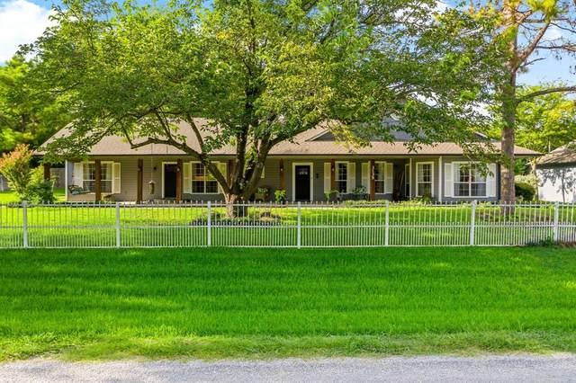 3135 Georgetown Road, Pottsboro, TX 75076 (MLS #14627838) :: Wood Real Estate Group