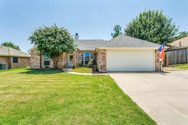 517 Crow Avenue, Weatherford, TX 76085 (MLS #14628316) :: Real Estate By Design