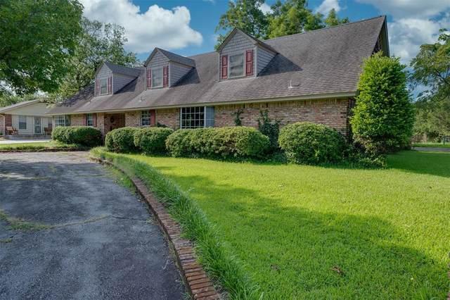 111 W Crockett Street, Wolfe City, TX 75496 (MLS #14628326) :: Real Estate By Design