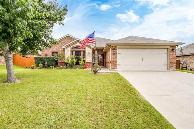 604 Reagan Lane, Burleson, TX 76028 (MLS #14628377) :: The Krissy Mireles Team