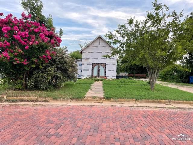 507 W 9th Street, Cisco, TX 76437 (MLS #14628543) :: Lisa Birdsong Group | Compass