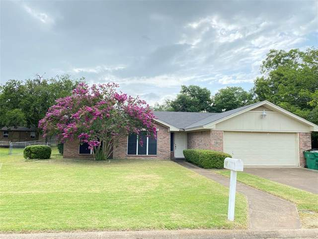 404 Sherry Lee Lane, Hamilton, TX 76531 (MLS #14628882) :: Real Estate By Design