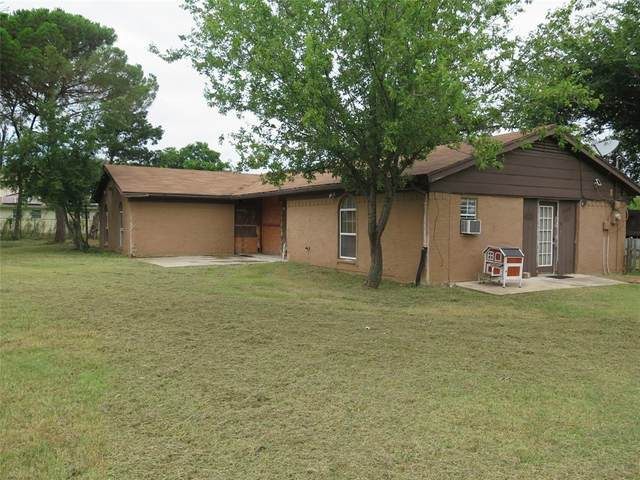 1245 Maxwell Road, Haslet, TX 76052 (MLS #14629093) :: Real Estate By Design