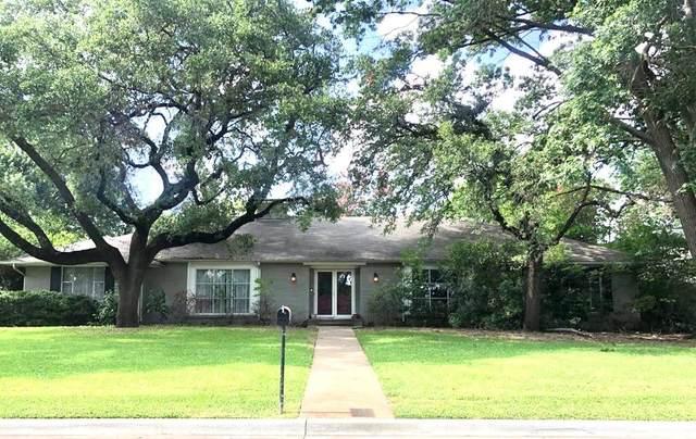6545 Greenwich Lane, Dallas, TX 75230 (MLS #14629548) :: Real Estate By Design