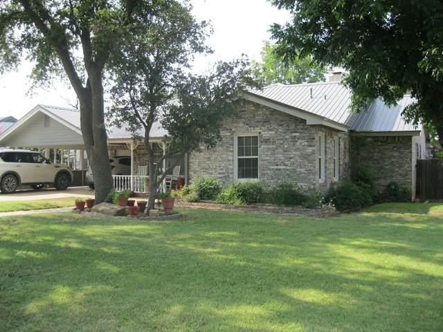 1302 W Wheeler Street, Breckenridge, TX 76424 (MLS #14629551) :: The Chad Smith Team