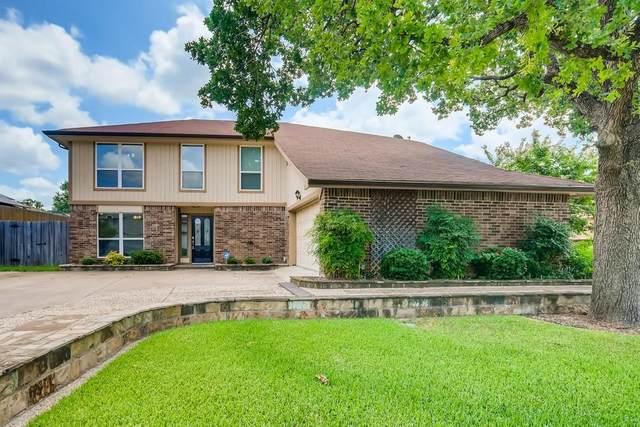 2400 Greenridge Court, Euless, TX 76039 (MLS #14629803) :: Real Estate By Design