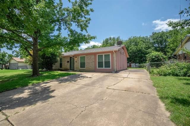441 Jayellen Avenue, Burleson, TX 76028 (MLS #14629999) :: Real Estate By Design