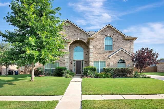 1209 Black Hawk Drive, Fort Worth, TX 76052 (MLS #14630015) :: The Mitchell Group