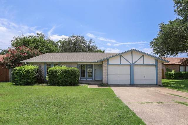 728 Thomas Chapel Drive, Arlington, TX 76014 (MLS #14630059) :: Real Estate By Design