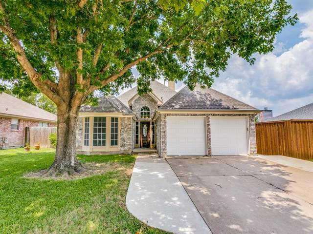 10500 Bing Drive, Fort Worth, TX 76108 (MLS #14630061) :: Real Estate By Design