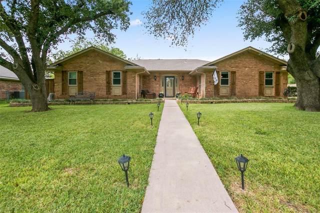 2605 Picadilly Lane, Denton, TX 76209 (MLS #14630319) :: Real Estate By Design