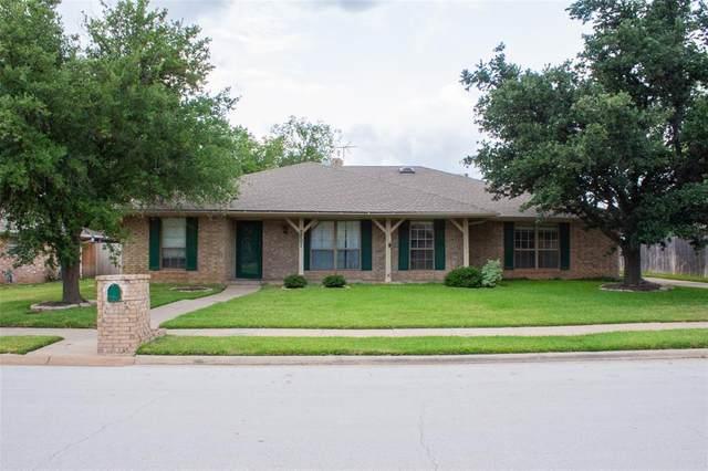 2801 Peachtree Lane, Pantego, TX 76013 (MLS #14630373) :: RE/MAX Pinnacle Group REALTORS