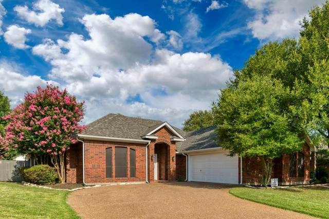 305 Country Manor Drive, Keller, TX 76248 (MLS #14630420) :: Real Estate By Design
