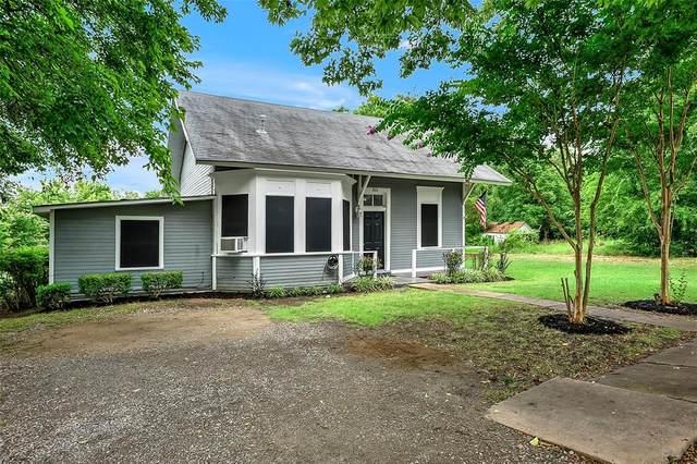 301 W Spruce Street, Whitewright, TX 75491 (MLS #14630446) :: The Property Guys