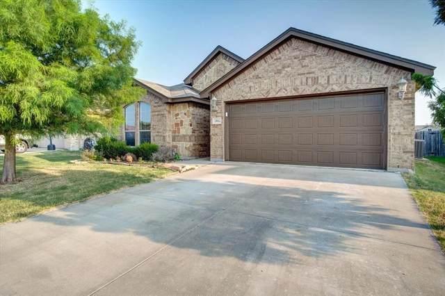 404 Brookhollow Lane, Saginaw, TX 76131 (MLS #14630506) :: Trinity Premier Properties