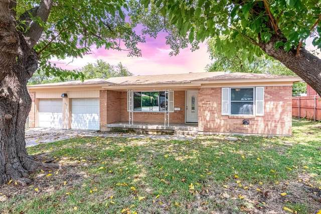 413 Crandle Drive, White Settlement, TX 76108 (MLS #14630567) :: Real Estate By Design
