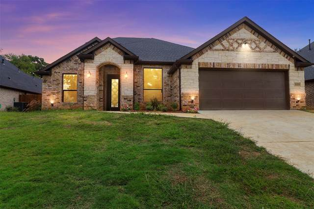 323 Norman Drive, Euless, TX 76040 (MLS #14630638) :: Wood Real Estate Group