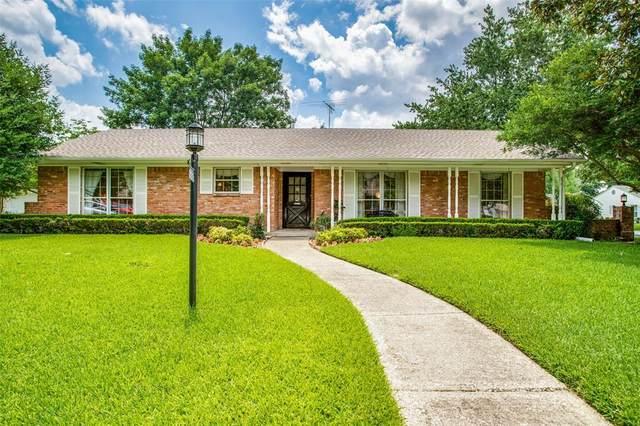 3206 Darbyshire, Dallas, TX 75229 (MLS #14630959) :: Feller Realty