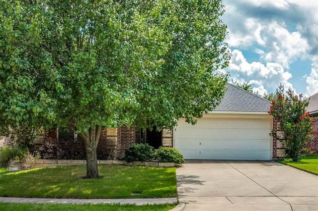 2940 Greenway Drive, Burleson, TX 76028 (MLS #14630964) :: The Chad Smith Team