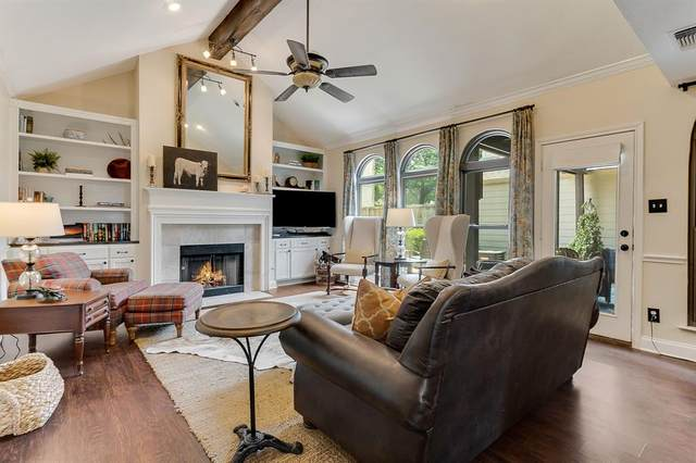 5016 Pershing Street, Dallas, TX 75206 (MLS #14631022) :: Real Estate By Design