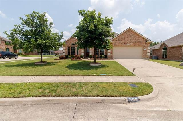 903 Christopher Drive, Cedar Hill, TX 75104 (MLS #14631068) :: RE/MAX Pinnacle Group REALTORS