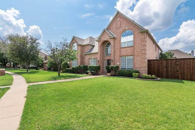 3424 Estacado Lane, Plano, TX 75025 (MLS #14631257) :: Real Estate By Design