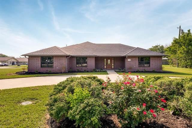 202 E 6th Street, Krum, TX 76249 (MLS #14631260) :: Real Estate By Design