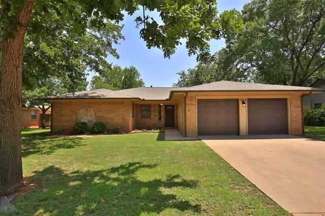 3233 Pheasant Drive, Abilene, TX 79606 (MLS #14631275) :: The Mitchell Group