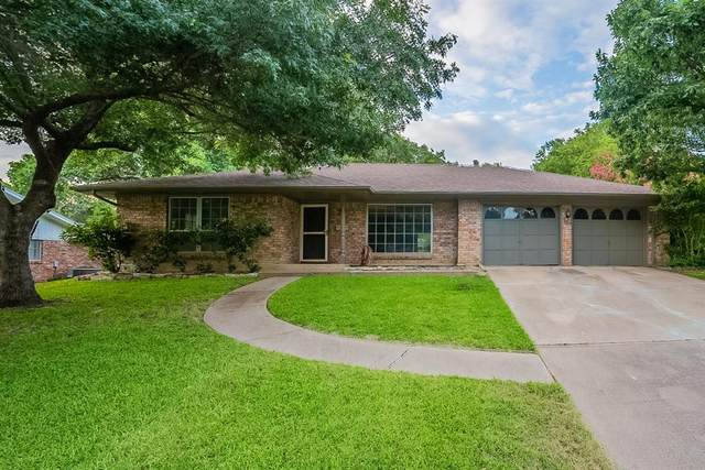 3940 Wosley Drive, Fort Worth, TX 76133 (MLS #14631346) :: Real Estate By Design